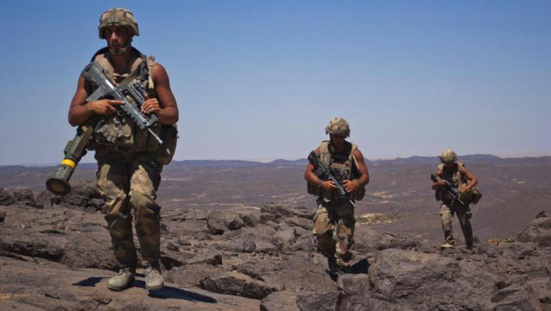La France propose de déployer une force anti-jihadistes au Sahel
