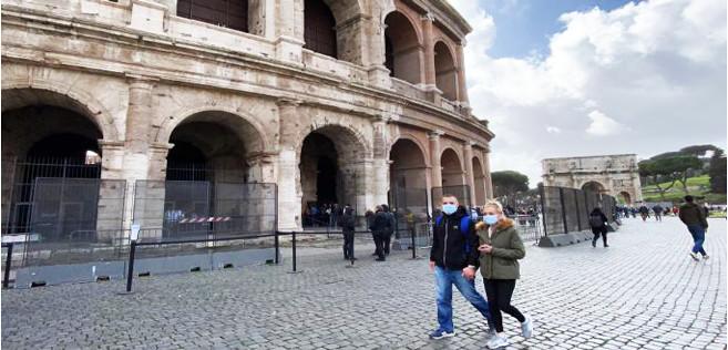 L'Italie confinée «a casa»