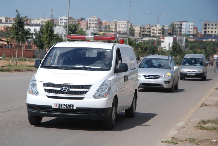Les convois funéraires ne peuvent plus dépasser deux voitures et une ambulance (photo Kamal)