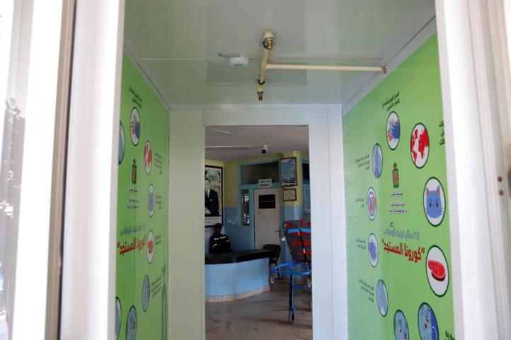 Laâyoune, installation de passages de désinfection