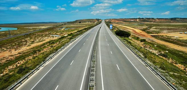 L'autoroute sous l'état d'urgence sanitaire. Ph. MAP