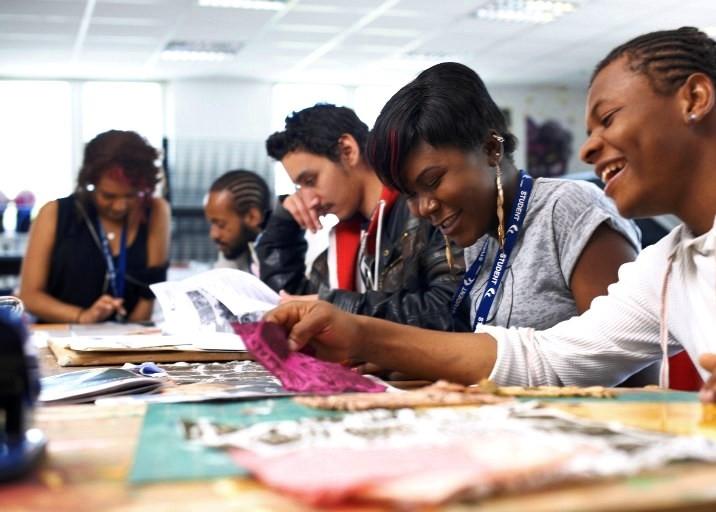 Distribution de paniers alimentaires au profit des étudiants subsahariens