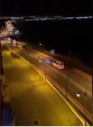 Capture d'écran des images du convoi de bus qui s'est dirigé aux aurores vers les passage de Tarajal