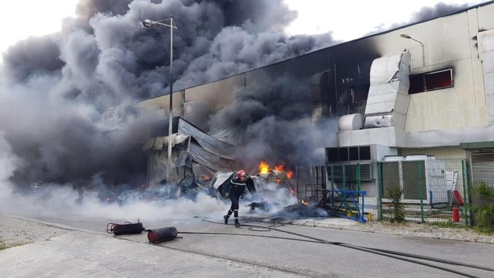 Tanger Free Zone : L'usine fujikura automotive de Tanger a pris feu