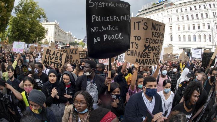 Mort de Floyd: La rue ne veut pas se calmer, la police non plus