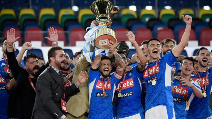 Football : Une finale dans le silence puis dans la joie