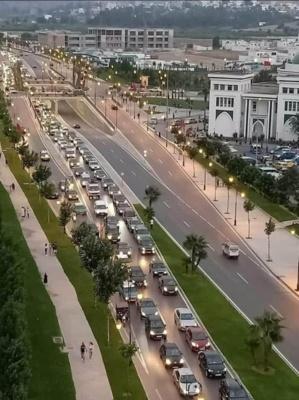 La ville de Tétouan en début de soirée