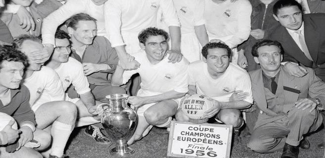 Le 1er titre de Champion d'Europe remporté par le Real Madrid en 1956.