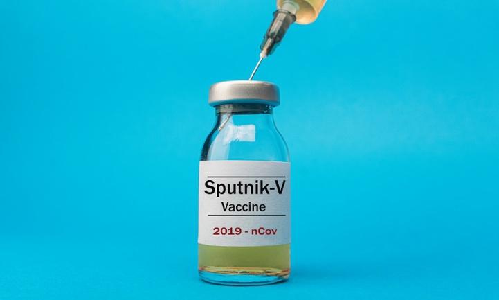"""Covid-19 : Berlin émet des doutes sur """"la qualité, l'efficacité et la sécurité"""" du vaccin russe"""