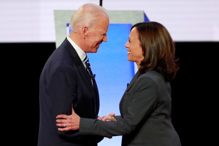 Joe Biden désigne Kamala Harris comme colistière, Donald Trump contre-attaque