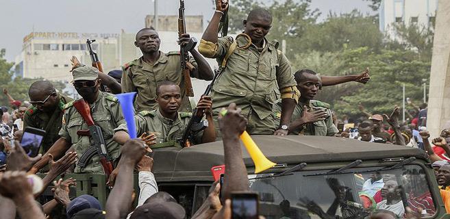 Mali : Les putschistes promettent des élections dans un «délai raisonnable»