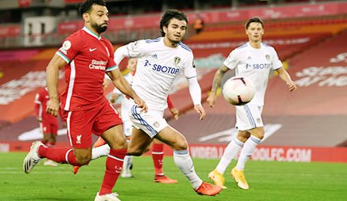 Premier League : Liverpool mate Leeds grâce à Salah, Arsenal premier leader