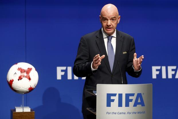 Pandémie: Un congrès de la FIFA au chevet du football mondial