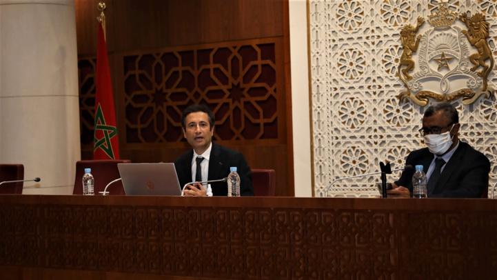 Mohamed Benchaâboun intervenant devant la commission des finances et du développement économique. (Ph. MAP)