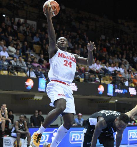 Basket : Monaco signe sa première victoire en Elite