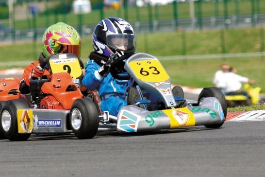 Débordements au Mondial de karting: le pilote s'excuse et renonce à la compétition