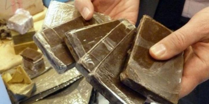 Opération de trafic international de drogue avortée, 1 tonne et 603 kg de chira saisie à Guelmim