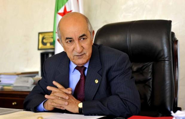 """Algérie : le président Tebboune en """"confinement volontaire"""" de 5 jours"""