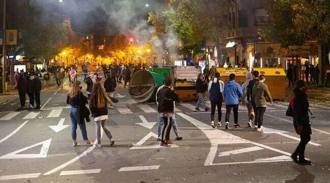 Espagne : Protestations anti-restrictions, une cinquantaine d'arrestations