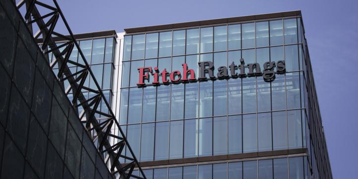 Dette souveraine : Fitch rétrograde la notation de trois banques marocaines