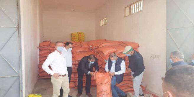 M. Axel d'Hauthuille, DG de Syngenta Maroc, supervisant l'opération de distribution des semences de blé