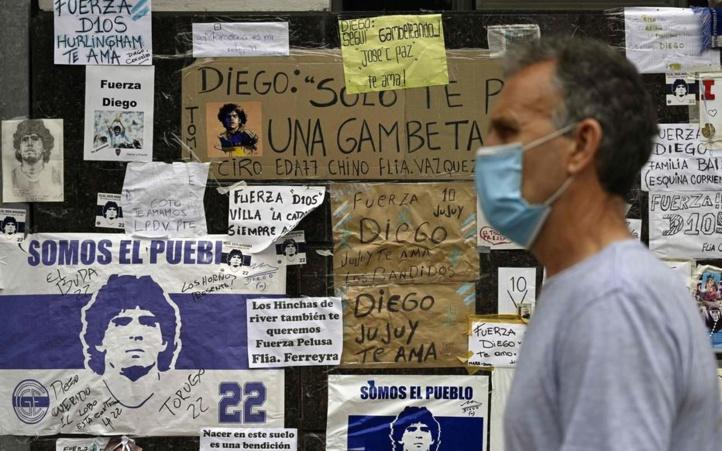 L'état de santé de Maradona, toujours hospitalisé, évolue favorablement