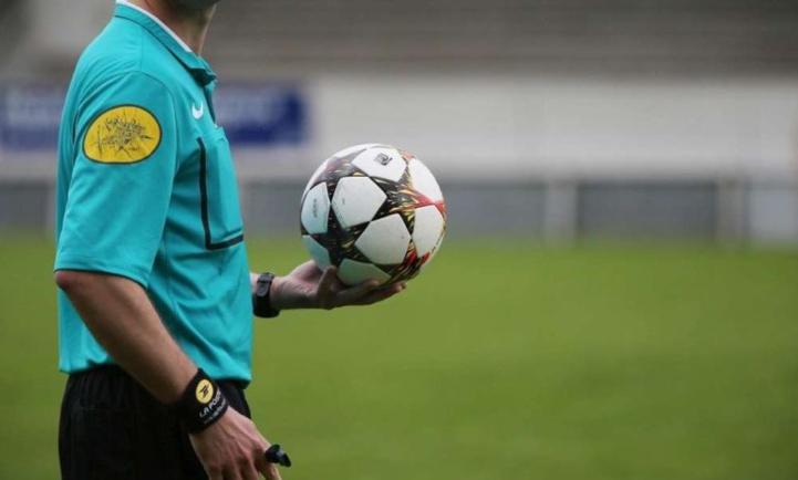 Liste des arbitres internationaux proposés à la FIFA pour validation (2020/2021) :  Kachaf et Abertoune nouveaux promus