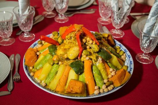 Couscous: le fameux plat marocain pourrait être inscrit au patrimoine mondial de l'Unesco