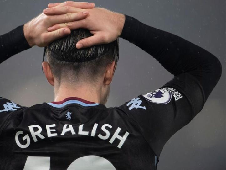 Premier League : Aston Villa covidé, son  match de dimanche reporté