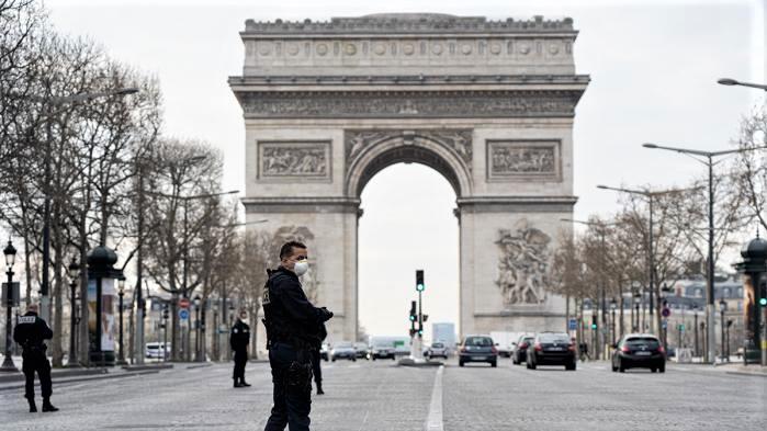 Covid-19 : la France franchit la barre des 70.000 morts