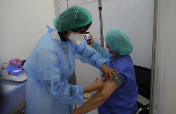 Vaccination : Début des convocations pour les personnes âgées entre 50 et 60 ans