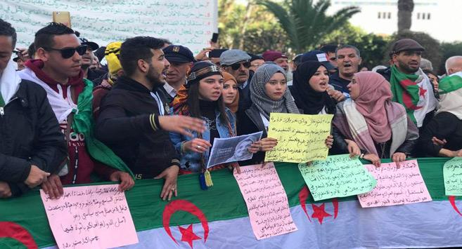 Algérie : Le Hirak se poursuit avec les mardis des étudiants