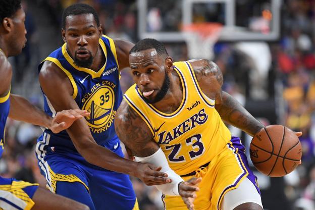 NBA: Les Lakers de LeBron écrasent les Warriors, les Bucks d'Antetokounmpo