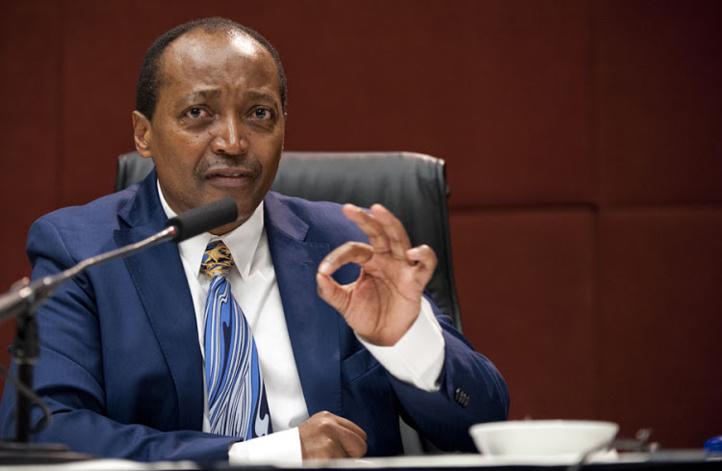 Présidence de la CAF : La FIFA serait-elle en train de baliser le chemin au candidat sud-africain ?