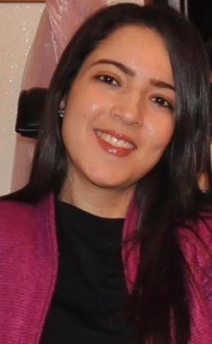 Hind Adil, Professeur de droit, spécialisée en droit des affaires