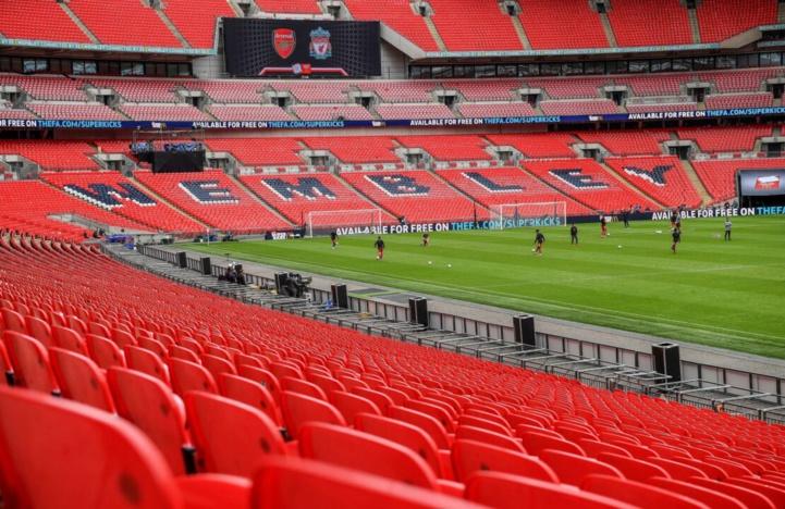 Foot anglais : La finale de la Coupe de la Ligue ouverte au public ?