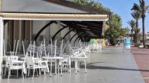Les cafés et restaurants s'expriment sur une éventuelle prolongation de l'état d'urgence