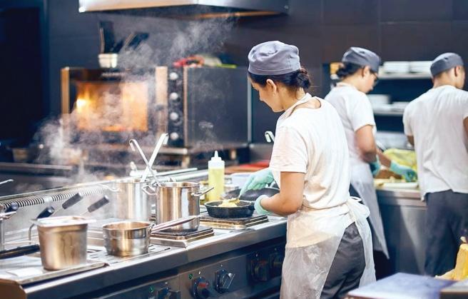 Les « Dark Kitchens » : Plus qu'une tendance, une révolution aux saveurs 2.0