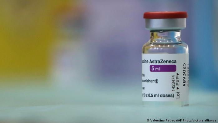 Vaccin anti-Covid-19 : Pour faire oublier la polémique AstraZeneca opte pour un rebranding