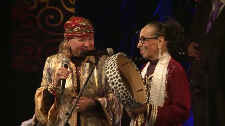 Hajja Hamdaouia avec Raymonde Elbidaouiya. Un duo inédit consommé en 2018 aux Andalousies atlantiques d'Essaouira