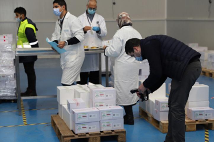 Après l'arrivée de 500.000 doses Sinopharm, le Maroc élargit les catégories des bénéficiaires