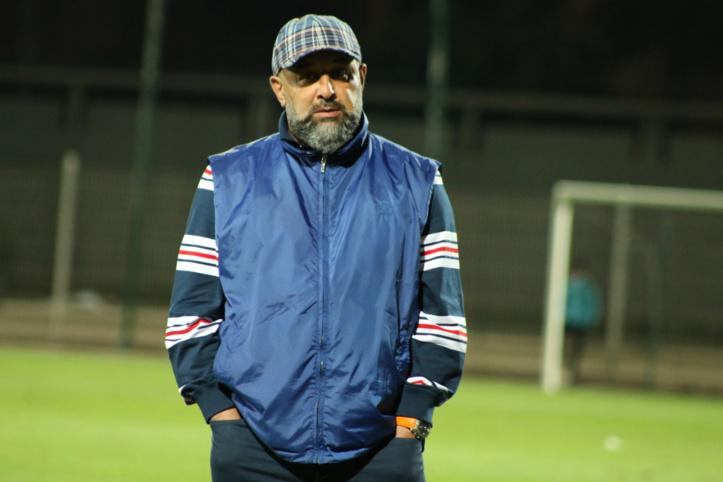"""Abdelhak Benchikha après le match CAYB-DHJ (0-1) : """"Une victoire qui m'a ramené du coma à la vie... c'est ça la douceur du football !"""""""