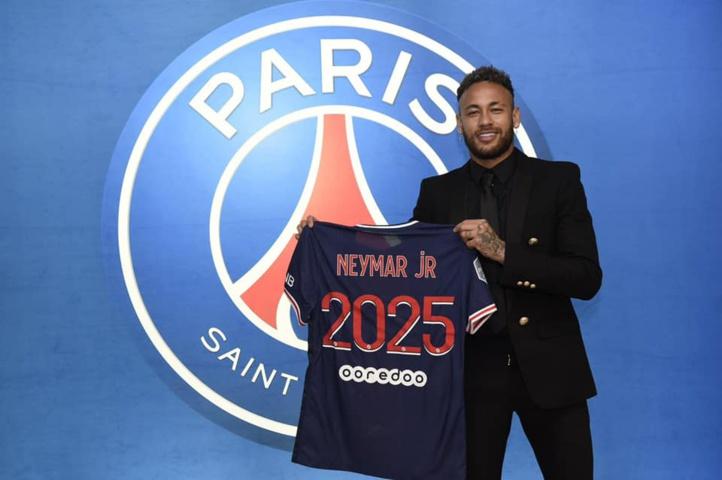 PSG : Neymar parisien jusqu'en 2025