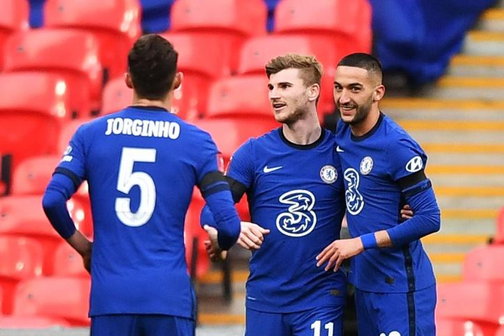 Manchester-Chelsea (1-2) : City puni par les Blues grâce à Ziyech, Alonso et à… Aguero !