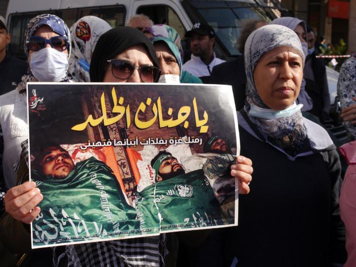 Manifestation à Casablanca après la prière du vendredi en solidarité avec la Palestine