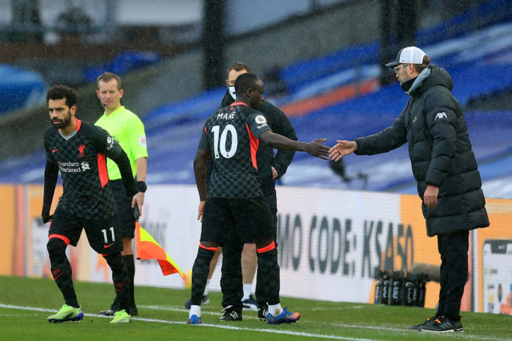 Foot anglais : Sadio Mané en colère après sa non-titularisation face à Manchester United !?
