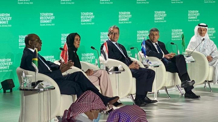 Relance du tourisme : Nadia Fettah présente le modèle marocain à Riyad