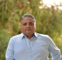 Majd El Atouabi, Directeur de l'Opinion.