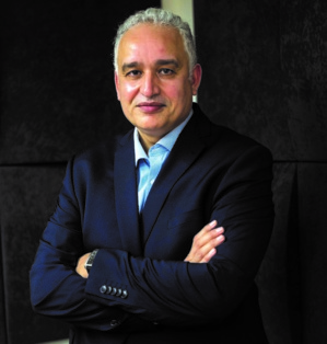 Dr Tayeb Hamdi, médecin, chercheur en politiques et systèmes de santé.