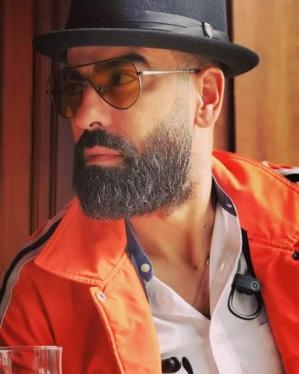 Magazine : Hamid El Hadri, un grand chanteur du football